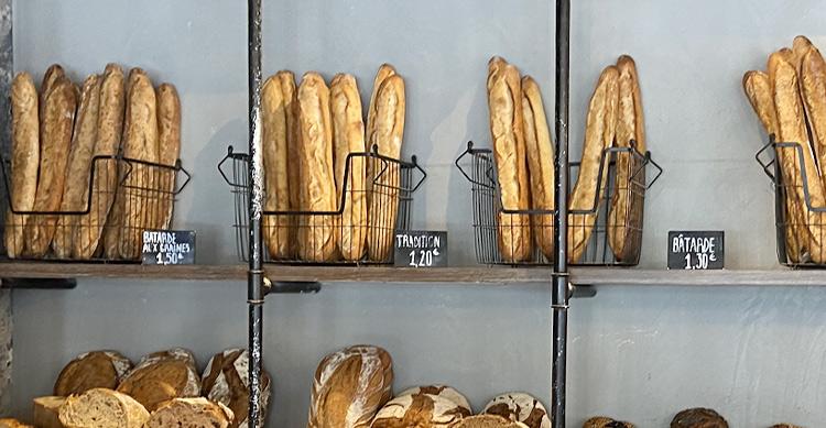 パリ11区のパン屋さん・ザフレンチバスターズのバゲット