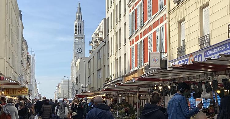 パリで最もパリらしいマルシェ・レユニオン