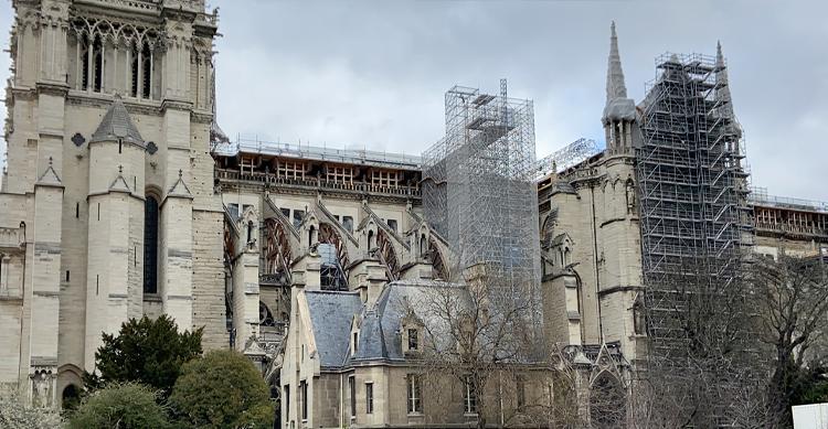 ノートルダム大聖堂復興工事